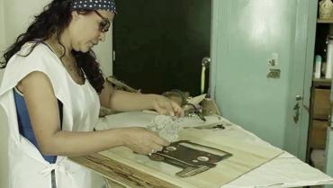 Artista quindiana presenta exposición virtual de su obra hecha en guasca de plátano