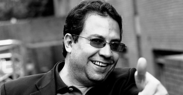 Imputan al escritor colombiano Alberto Salcedo cargos de acto sexual violento