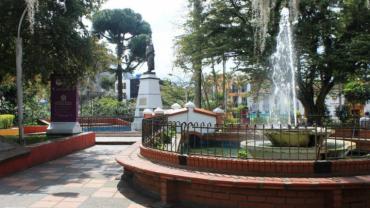 De las plazas principales del Quindío, la de Circasia, la más singular
