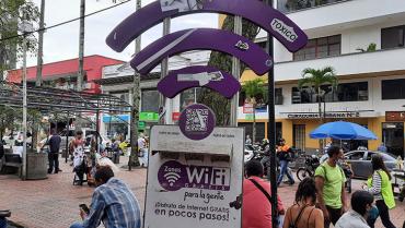 Avanza licitación que garantizará conexión wifi en plazas y parques de Armenia