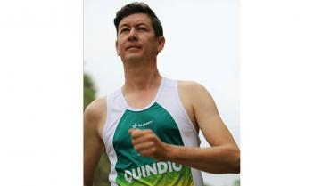 El atleta élite quimbayuno que no se bajaba del podio