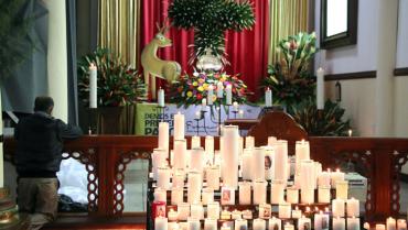 En la Vigilia Pascual no habrá procesión con el cirio, ni aspersión bautismal