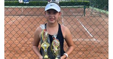 Quindianos, campeones en torneo nacional de tenis