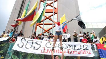 Jóvenes, los protagonistas en la movilización pacífica