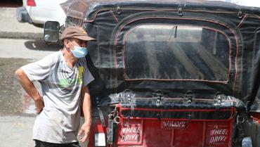 Conductores de willys también sufren duras pérdidas con la escasez de combustible