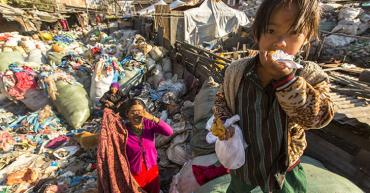 Pobreza: muchos culpables
