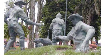 Curiosos monumentos que fueron y no fueron en el Quindío