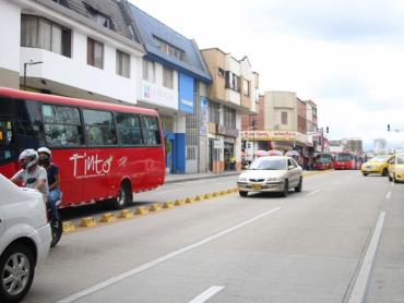 Empresas de buses urbanos denuncian amenazas y afectaciones
