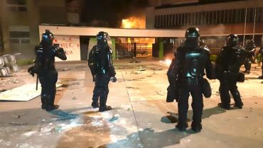 En un mes de paro: 35 capturados, daños a  bienes inmuebles, bloqueos y enfrentamientos