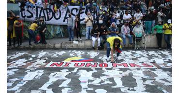 Las protestas en Colombia cumplieron  su primer mes, entre logros y caos