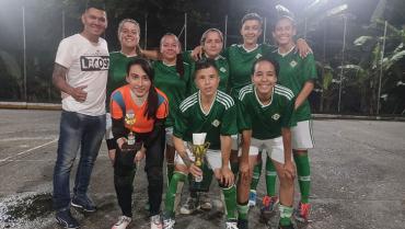 Las de Siempre, campeón de la Octava Copa de  Microfútbol Femenino