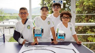 Equipo quindiano fue el ganador en  competencia nacional de robótica