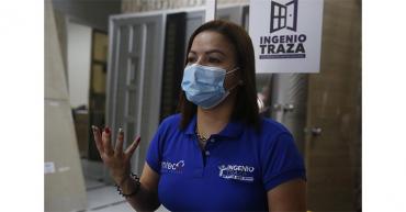 Colombiana supera barreras laborales con su empresa de diseño arquitectónico