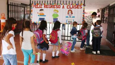 En Armenia, un 95 % de los estudiantes regresará a las aulas esta semana