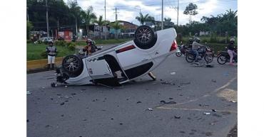 4 personas heridas en accidente en el sur de Armenia