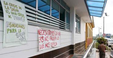 Médicos de La Misericordia seguirán laborando, tras pacto con gerencia