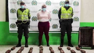 Mujer capturada por transportar marihuana