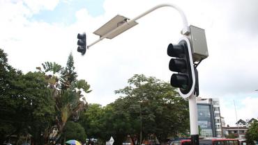 Le ordenan al municipio instalar semáforos sonoros