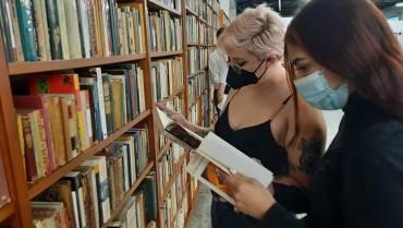 La biblioteca pública municipal volvió a recibir público
