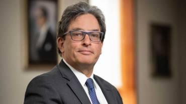 Desazón en redes por nombramiento de Carrasquilla como codirector del Banco de la República