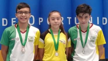 Buena cosecha de los badmintonistas quindianos