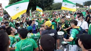 Artillería Verde Sur grita paz en el Centenario