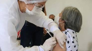 Solo hay vacunas para cuatro días más en Armenia