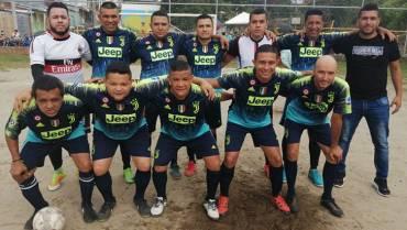 Semifinales de fútbol 8 en el barrio Tigreros