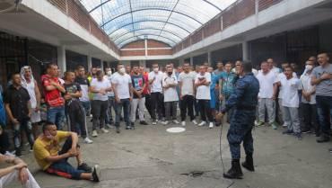Educación, principal herramienta para reintegrar a los reclusos a la sociedad