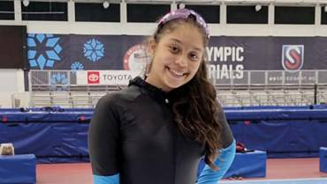 Ana Sofía, la promesa quindiana del patinaje sobre hielo