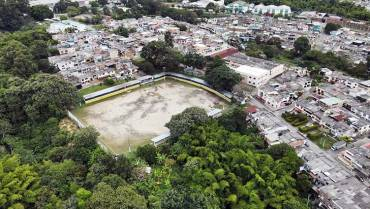 En el barrio La Isabela se respira fútbol y se siente seguridad