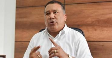 Detienen a un gobernador de Colombia por adjudicar contratos a la guerrilla